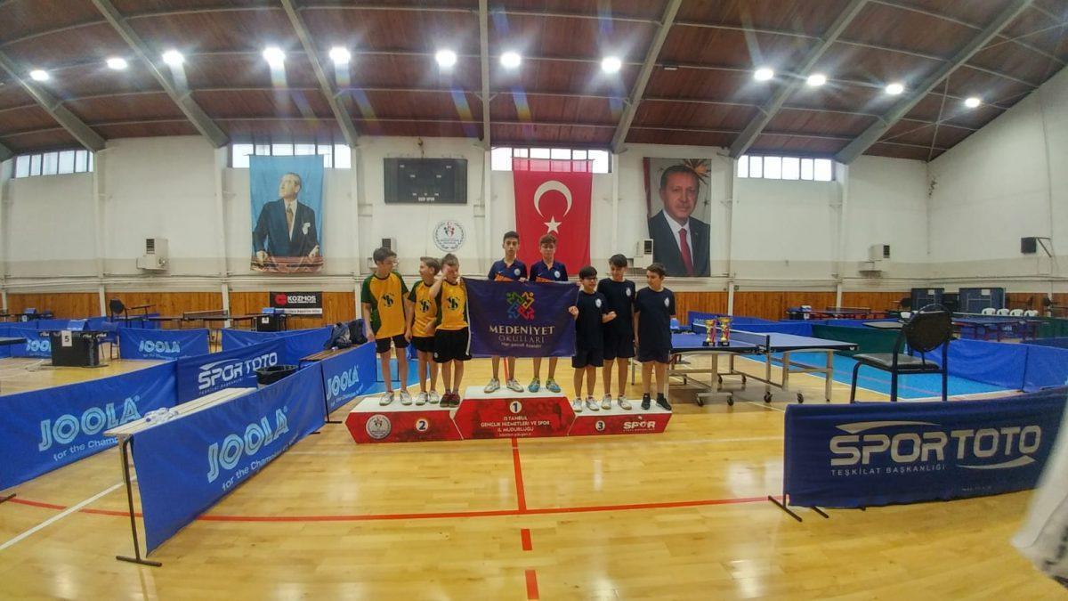 Masa tenisi Yıldız istanbul şampiyonu- Medeniyet Okulları (3)